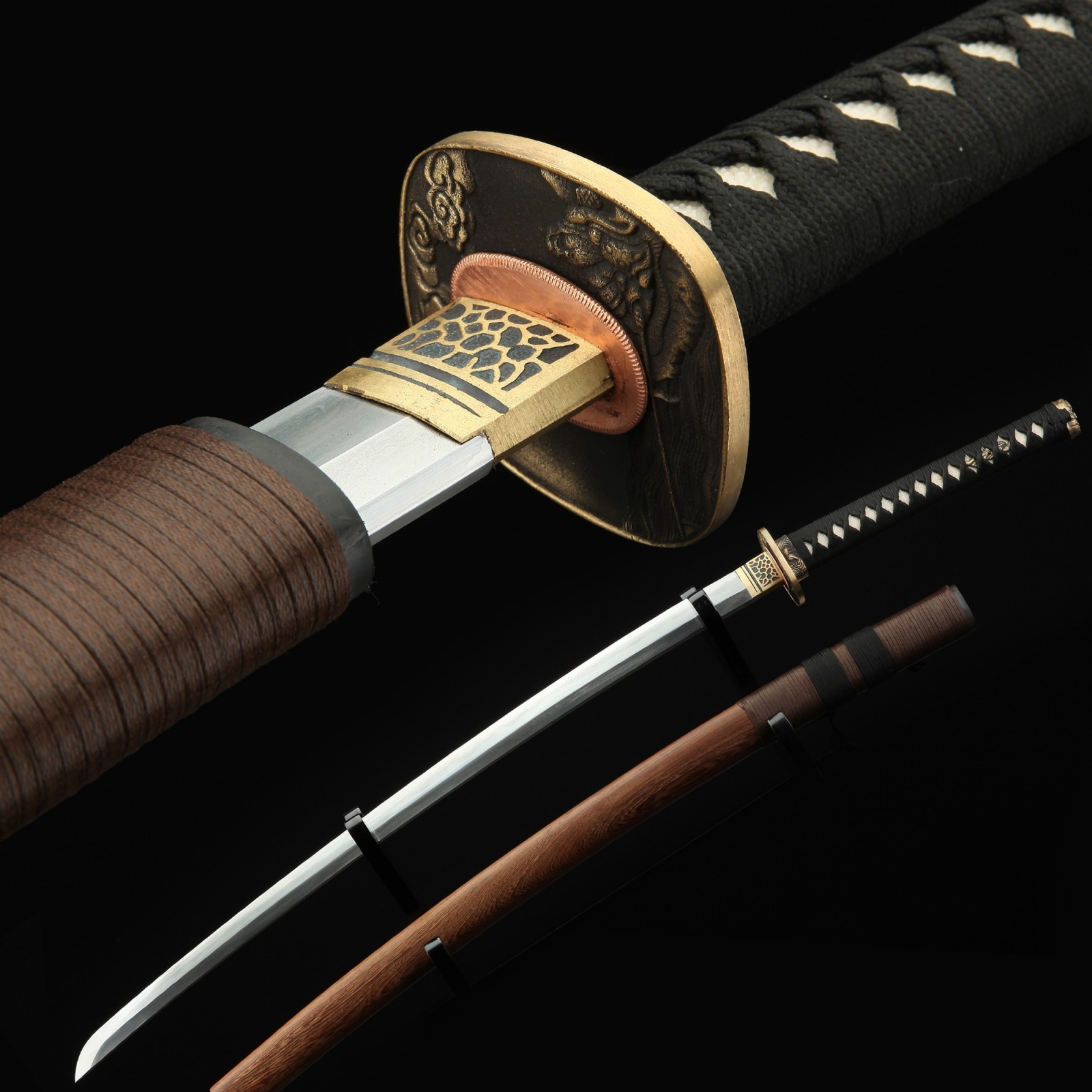 Japanese Tachi Odachi Sword Damascus Steel With Brown Scabbard